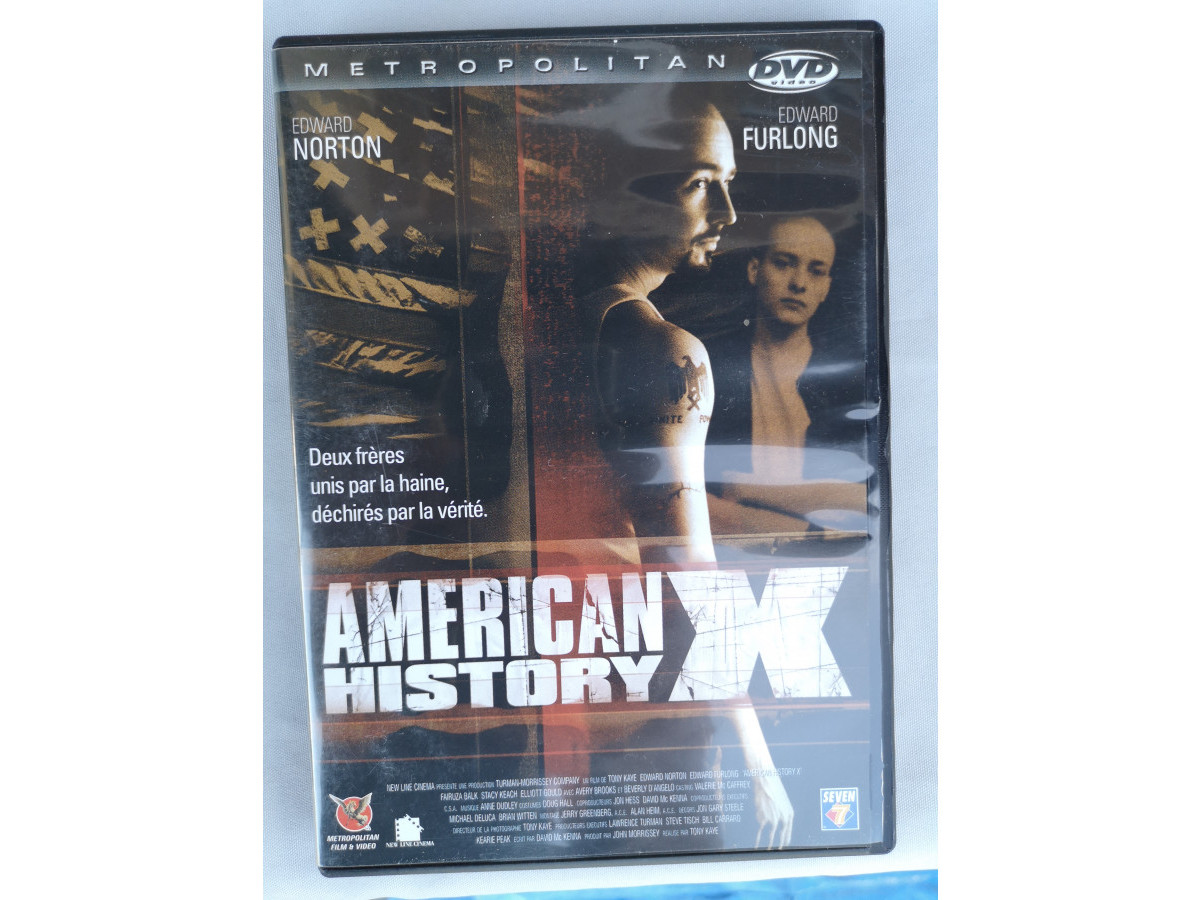 Illustration de DVD : American History X